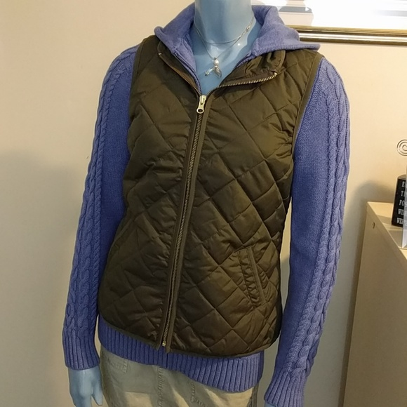 Old Navy Jackets & Blazers - Olive Quilted Puffer Vest